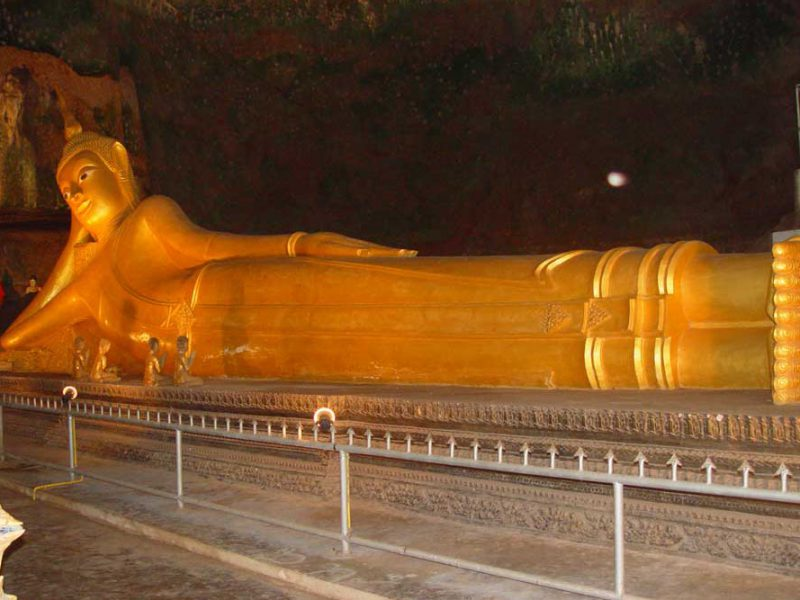lying buddha statue at the monkey temple