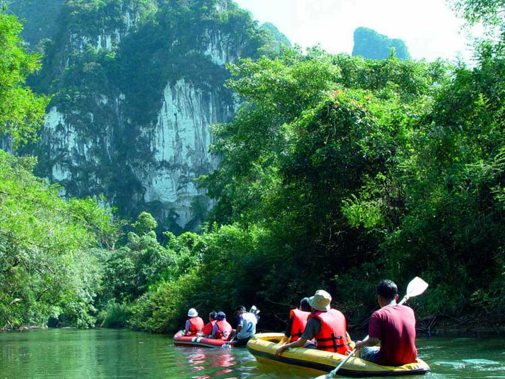 Khao Sok Full Day<br /> <em>The biggest national park of southern Thailand</em>
