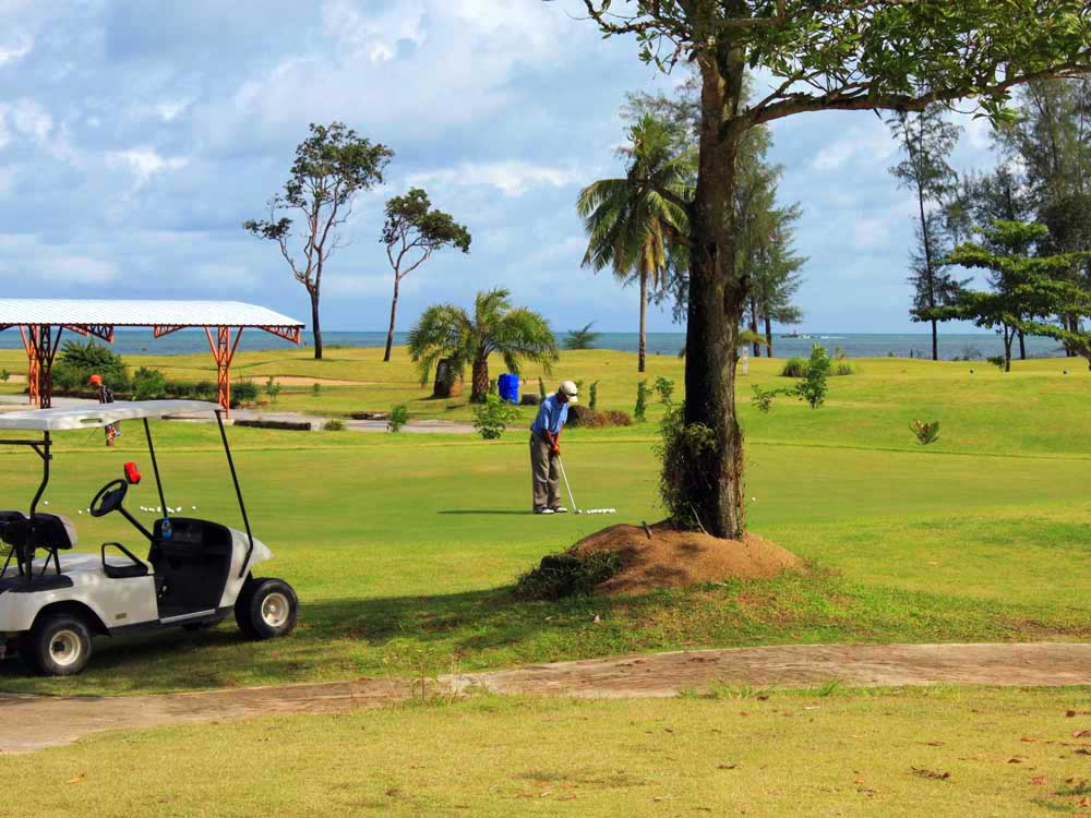 Khao Lak Golf<em><br /> Play with a Pro</em>