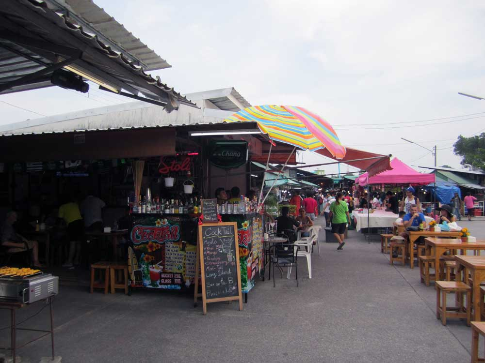 Cocktails at the Phuket Weekend Market