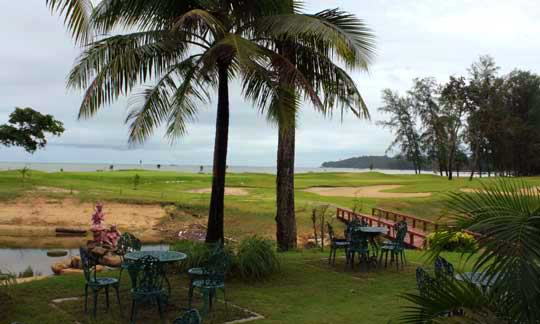 Outdoor terrace at the Khaolak golf course