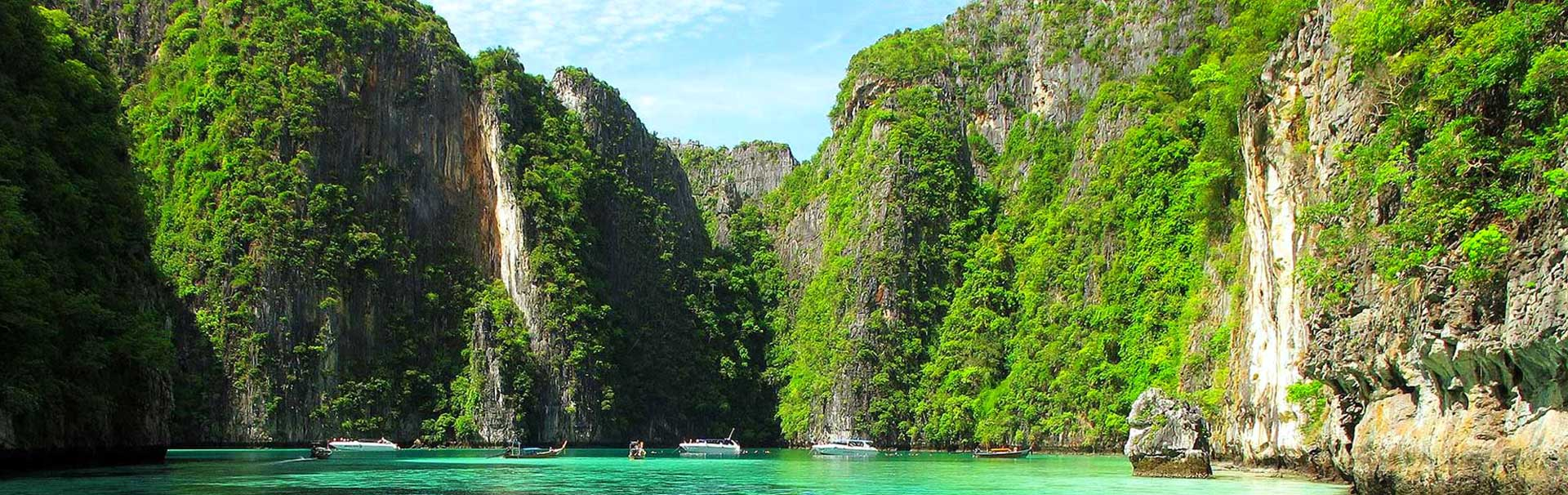 Spectacular views over Maya Bay