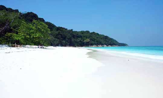 The long white sandy beach at Tachai